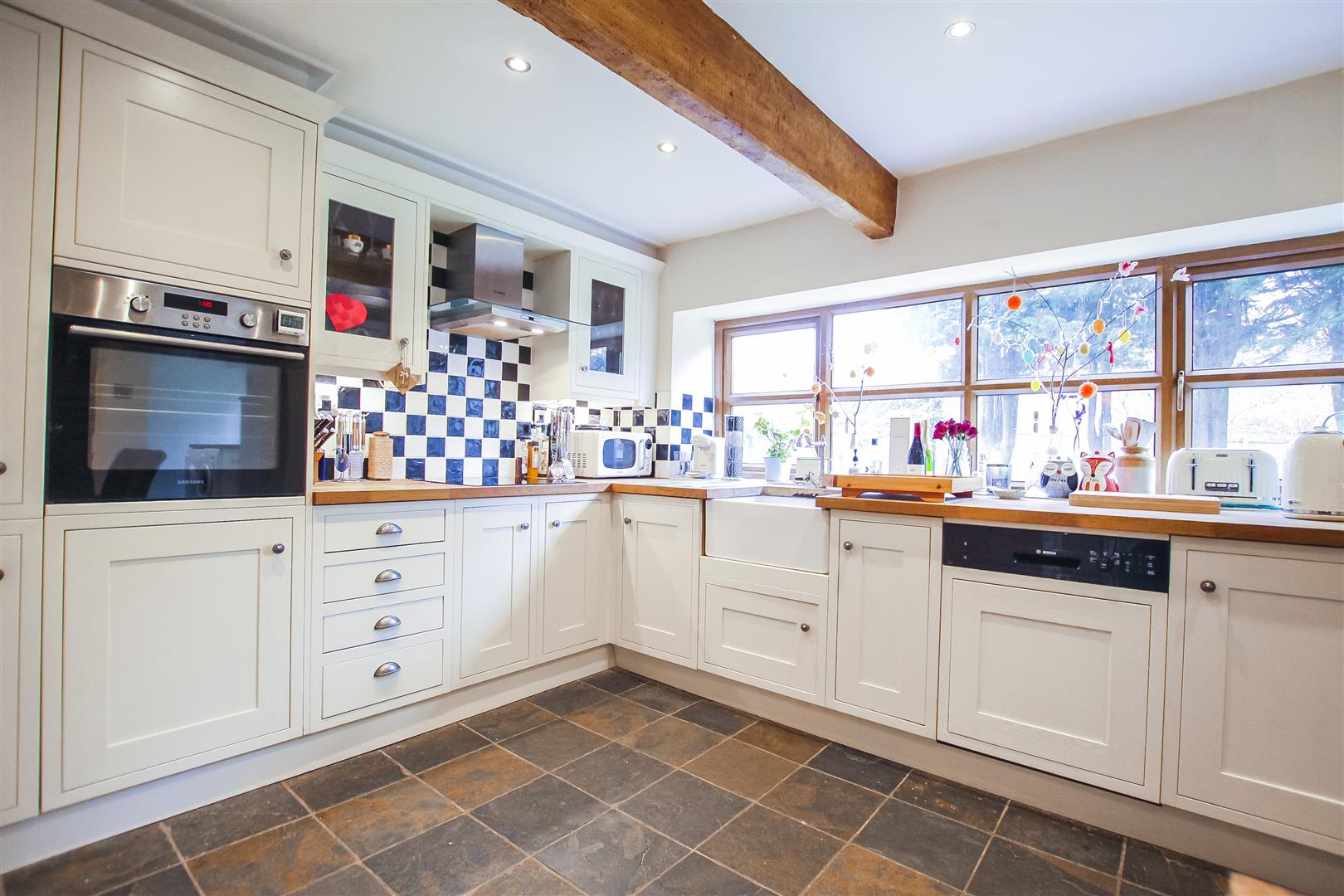 4 Bedroom Farmhouse For Sale - Image 32